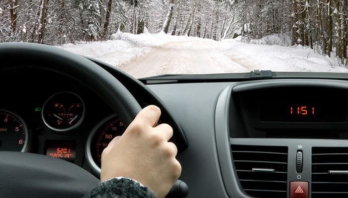 coupon rabais 124 pour un cours de conduite pr ventive en conditions hivernales chez icar. Black Bedroom Furniture Sets. Home Design Ideas