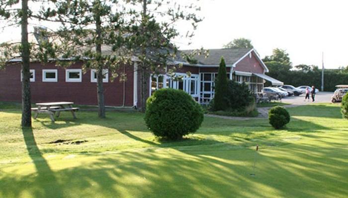 coupon rabais partir de 32 pour une partie de golf pour deux personnes au club de golf. Black Bedroom Furniture Sets. Home Design Ideas