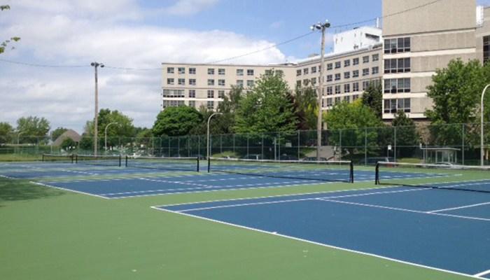 Coupon rabais partir de 35 pour des cours de tennis for Un cours de tennis